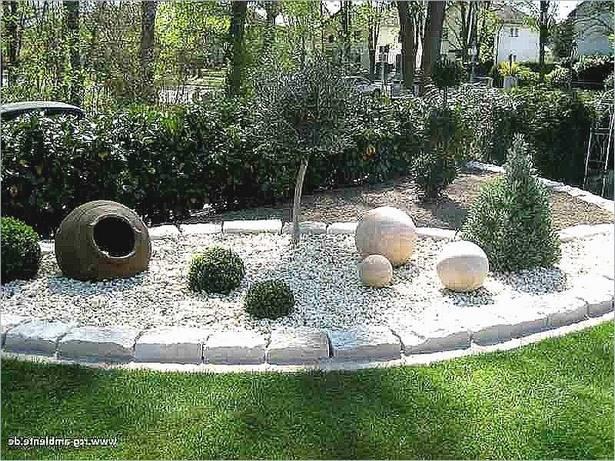 Mediterraner vorgarten gestalten for Gartengestaltung unterschiedliche hohen