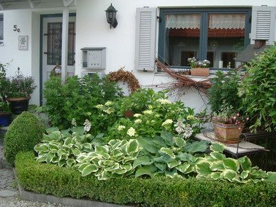 Vorgarten nordseite gestalten for Gartengestaltung nordseite