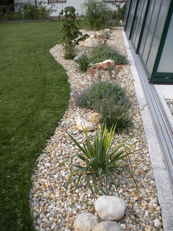 Garten kies for Gartenbeispiele gestaltung