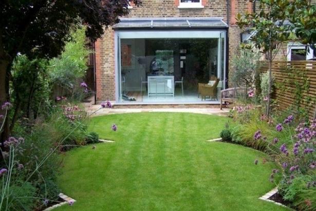 Kleiner garten reihenhaus for Gartengestaltung klein