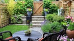Landscaping ideas pictures for small yards
